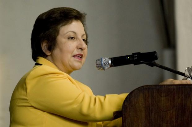 شیرین عبادی: معنای دموکراسی رعایت حقوق اقلیت است