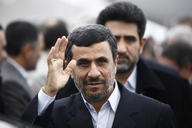 محمود احمدینژاد چه در سر میپروراند؟