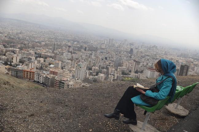 بحران آلودگی هوا از نقض حقوق بشر تا دغدغه سیاسی