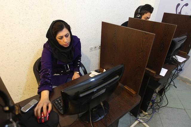 ایمیل ملی در ایران: کنترل بیشتر دولت بر فعالیت های اینترنتی یا پیشرفت فناوری؟