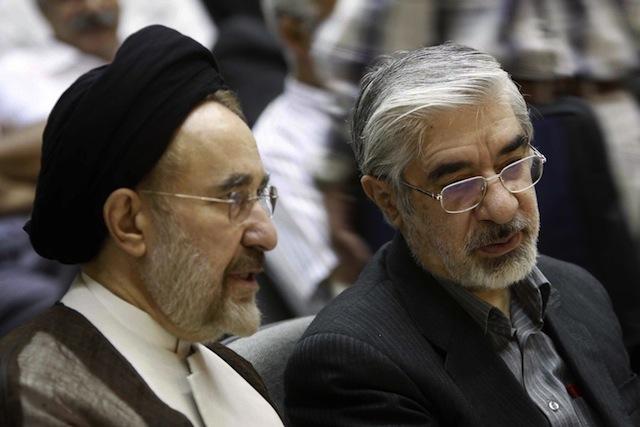 """جنجال درباره حضور """"اهالی فتنه"""" در مراسم تحلیف حسن روحانی"""