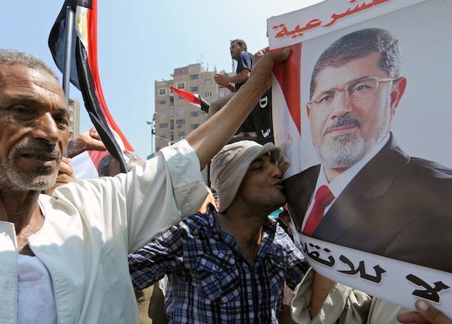ابهام درباره وضعیت محمد مرسی