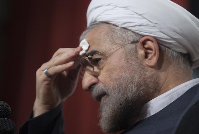 روحانی می گوید دولتش با چالش های جدی اقتصادی روبرو خواهد بود