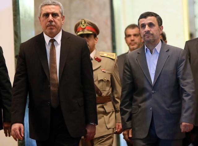 عراق، مقصدی بحث بر انگیز برای آخرین سفر خارجی احمدی نژاد