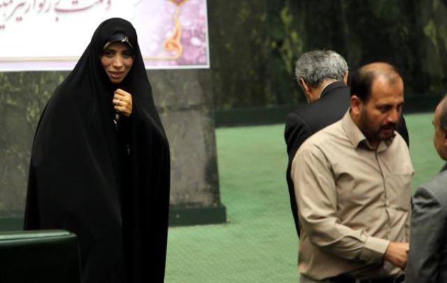 حسن روحانی الهام امین زاده را به عنوان معاون حقوقی اش منصوب کرد