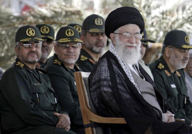 هشدار رهبر ایران درباره دخالت نظامی خارجی در سوریه