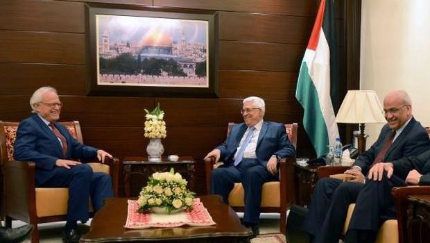 با وجود مخالفت ها، مذاکرات فلسطینی ها با اسرائیل در قدس ادامه می یابد