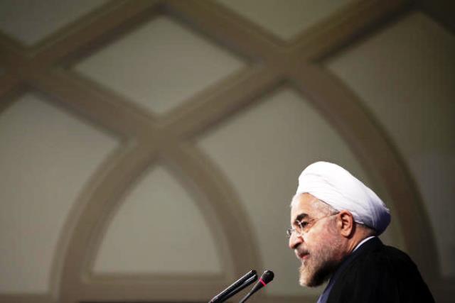 بررسی کتاب خاطرات دکتر حسن روحانی