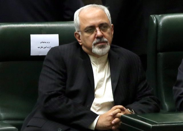 """محمد جواد ظریف می گوید، """"می خواهیم به دنیا نشان دهیم که هیچ تهدیدی از جانب ایران وجود ندارد."""""""