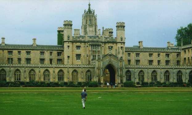 بخشی از مشکلات دانشجویان ایرانی در بریتانیا