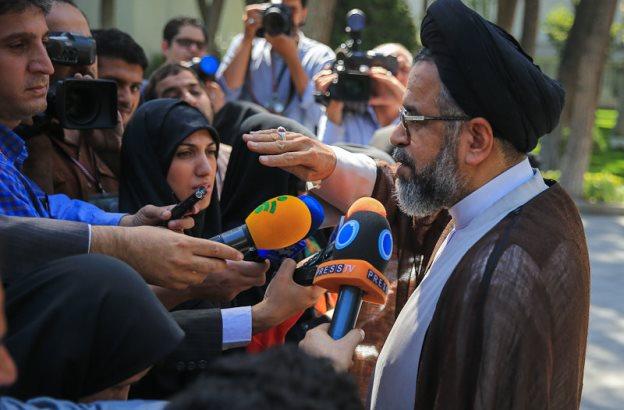 بازداشت ۲۰ نفر از مدیران میانی دولت احمدینژاد