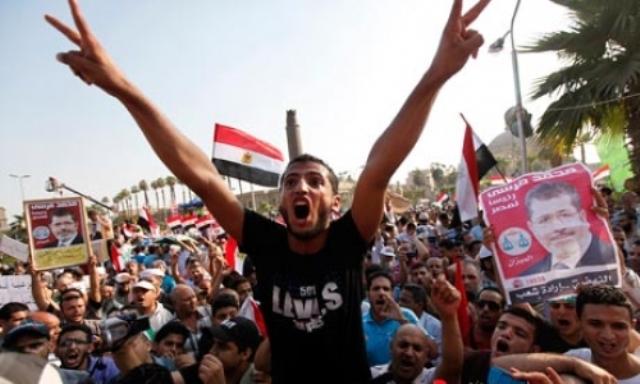 مصر همچنان متشنج است؛ مرسی می گوید تا آخرین نفس مبارزه می کند