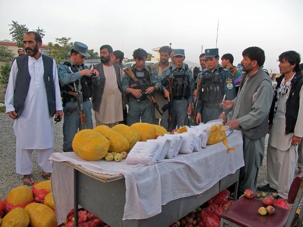 جایگاه تریاک در اقتصاد افغانستان؛ بزرگترین تولید کننده تریاک جهان