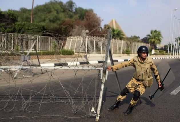 مردان مسلح در مصر سه پلیس را کشتند