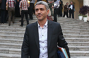 وزیر اقتصاد ایران: قطع یارانه نقدی به صلاح نیست اما برایش پول نداریم