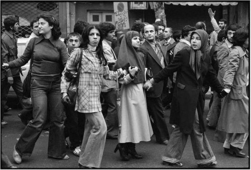 ایرانی ها و دلتنگی برای زمان شاه