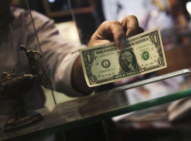 بازار ملتهب ارز همچنان در انتظار نتیجه مذاکرات ایران و غرب