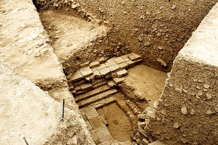 کشف بنای تاریخی متعلق به دوران کوروش در نزدیکی تخت جمشید