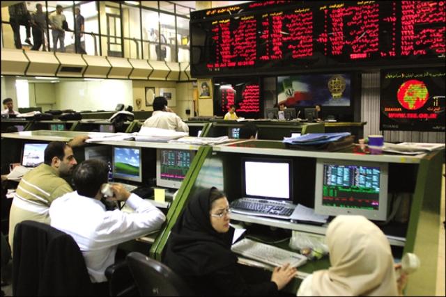 نگاهی به تحولات بازار بورس ایران