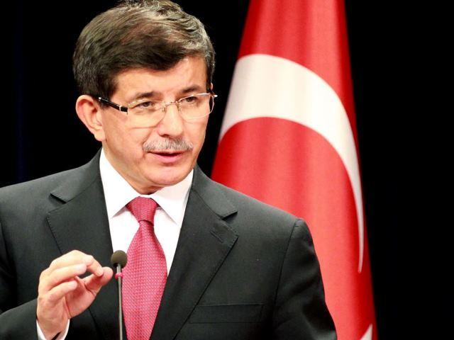 داوود اوغلو: ترکیه از تروریستها و گروههای رادیکال حمایت نمیکند