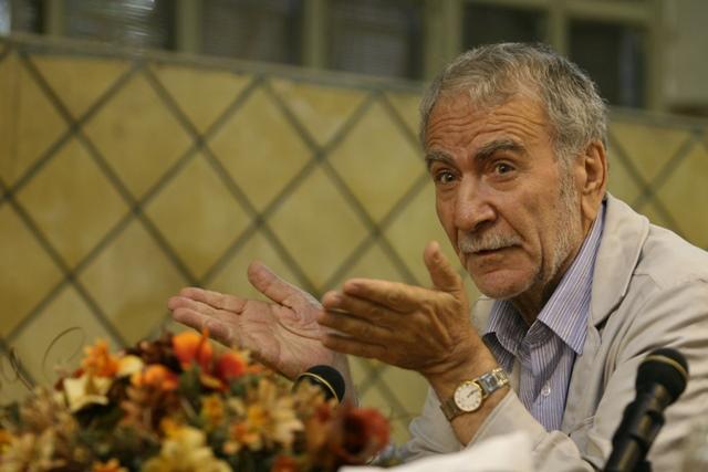 گفت و گو با دکتر غلامحسین ابراهیمی دینانی، استاد فلسفه اسلامی