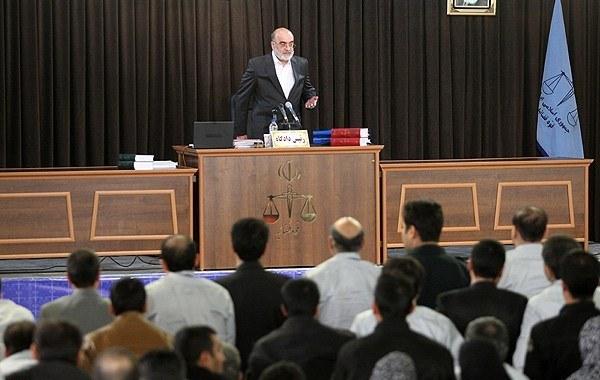 چندین نماینده مجلس ایران هم در اختلاس سه هزار میلیاردی درگیرند