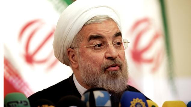 روحانی: دولت باز هم قدم های بزرگتری در سیاست خارجی بر می دارد