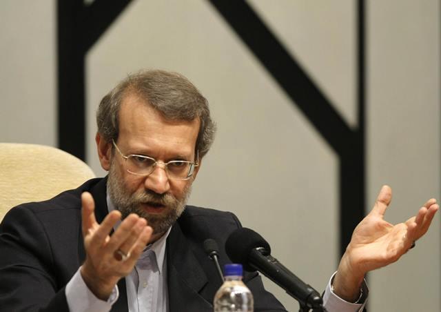 لاریجانی: وزارت خارجه و اطلاعات مراقب سفرهای خارجی باشند