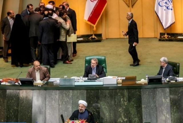 وزارت ورزش و جوانان ایران همچنان بدون وزیر باقی ماند