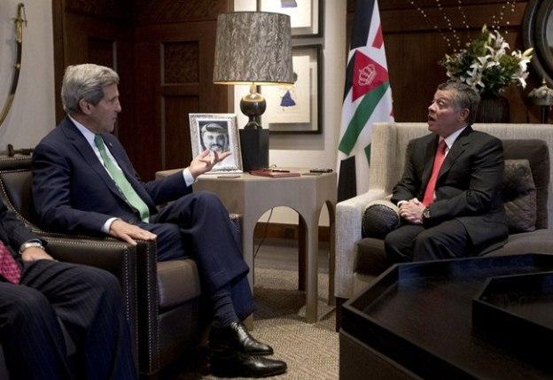 کری به دنبال بهبود روند مذاکرات صلح خاورمیانه است