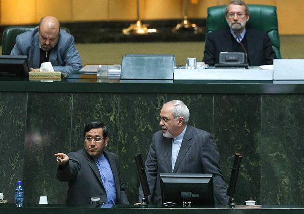 مجلس ایران همچنان درباره توافق ژنو توضیح می خواهد