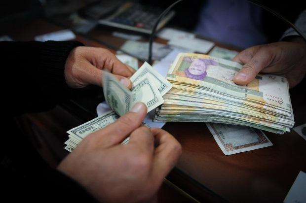 بانک مرکزی خبر از کاهش نرخ ارز طی روزهای آتی داد