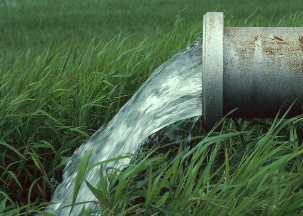 تولیدکنندگان صنایع آب و تاسیسات آب و فاضلاب در گفت و گو با شرق پارسی