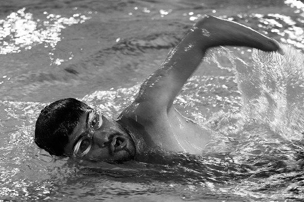 تصاویر تمرین شنای معلولان ایران