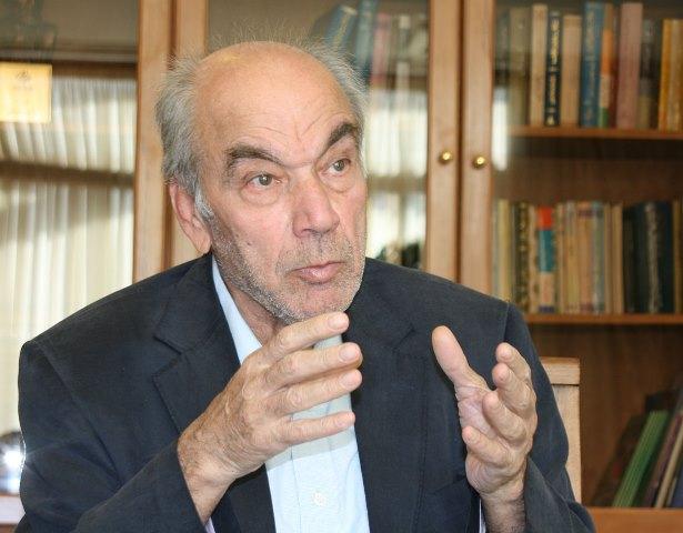 گفت و گو با دکتر رضا داوری اردکانی، رئیس فرهنگستان علوم ایران