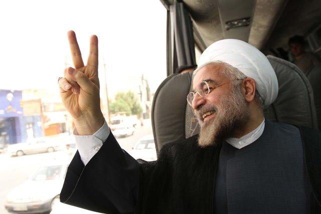کارشناسان درباره عملکرد دولت روحانى در سیاست خارجى نظر می دهند