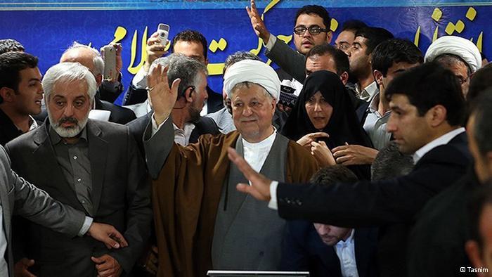 """تاریخ رسیدگی به اتهام """"نشر اکاذیب"""" فاطمه هاشمی اعلام شد"""