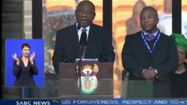 مترجم 'قلابی' مراسم نلسون ماندلا
