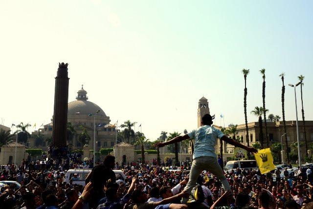 وزیر کشور مصر: حوادث دانشگاه ها توطئه اخوان المسلمین است