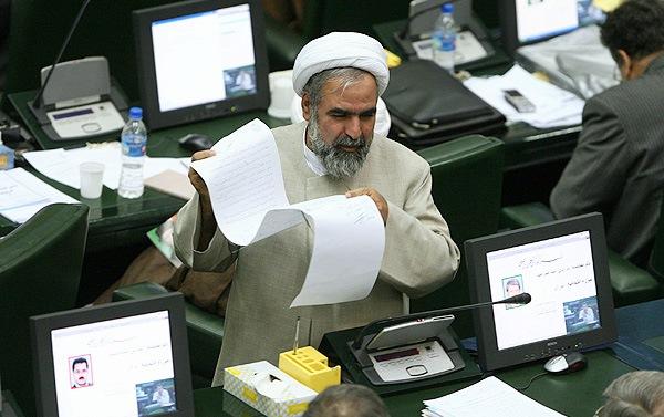 همه استعفاهای اعتراضی در مجلس