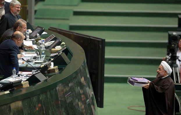 نمایندگان مستعفی مجلس ایران به کار خود بازگشتند