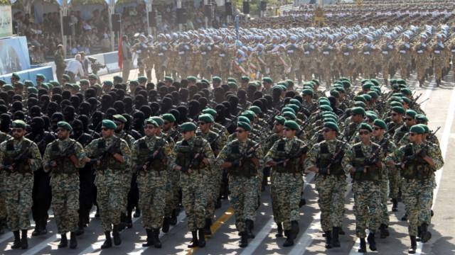 احتمال افزایش مدت سربازی در ایران به علت کمبود نیرو