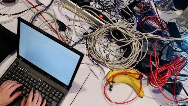 جاسوسی آژانس امنیت ملی آمریکا از کامپیوترهای آفلاین