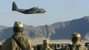 نماینده مجلس افغانستان: دست کم ۱۴ نفر در حمله هوایی آمریکا کشته شدهاند