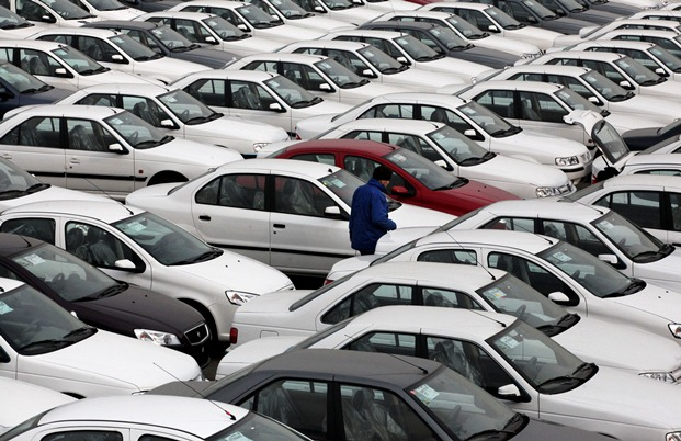 ایرانیان ۱۲۰۰۰ میلیارد تومان برای خرید خودرو خارجی هزینه کرده اند