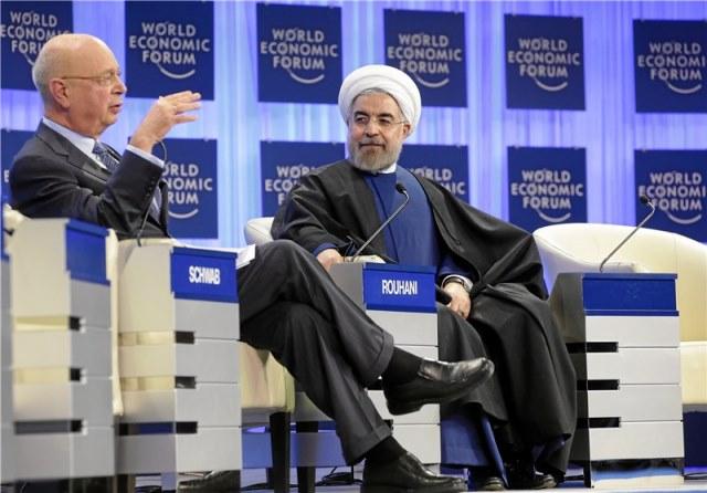 نفت، اقتصاد و دموکراسی؛ از محمد رضا پهلوی تا حسن روحانی