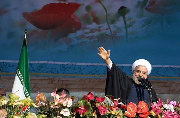 روحانی: ایران اولویت خاصی برای کشورهای همسایه قائل است