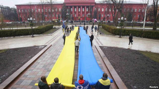معرفی دولت جدید اوکراین تا روز پنجشنبه به تعویق افتاد