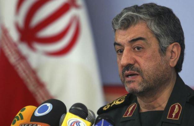 فرمانده کل سپاه ایران: دشمن را از درون تهدید می کنیم