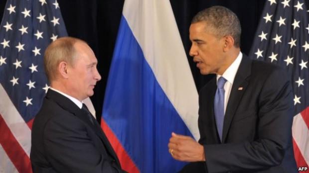 باراک اوباما رییس جمهور آمریکا (راست) ولادیمیر پوتین رییس جمهور روسیه
